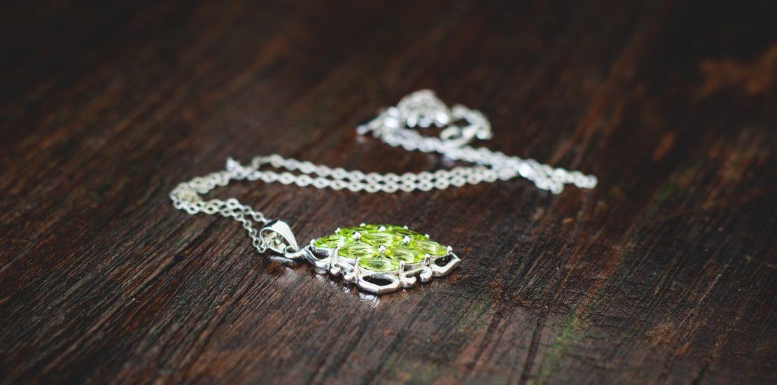jewellery-1633124_1920
